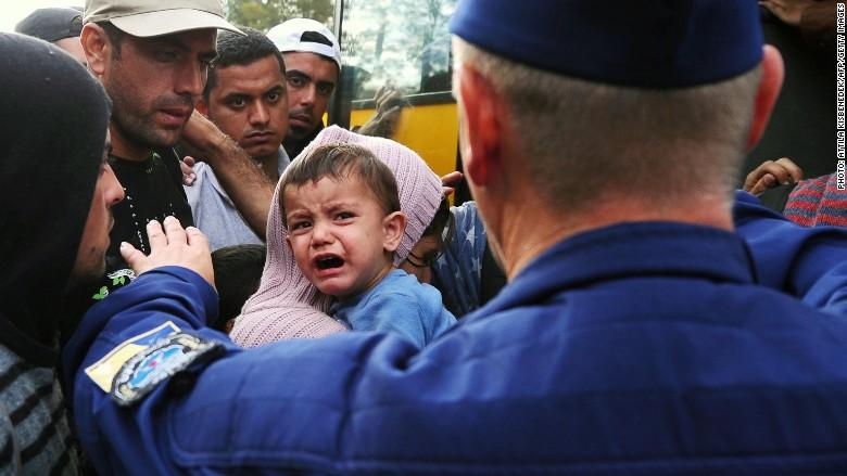 refugees police clash