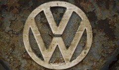 Volkswagen scandal puts spotlight on auto industry