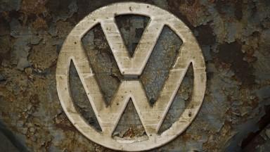 Volkswagen scandal puts spotlight on auto industry