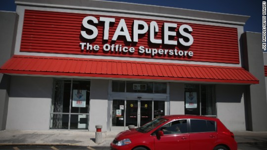 Staples just says no to Thanksgiving