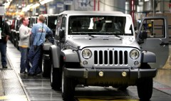 Auto workers and automakers on a collision course
