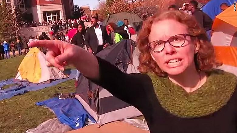 Мелиссу Клик, профессора из Миссури, уволили за угрозы журналистам