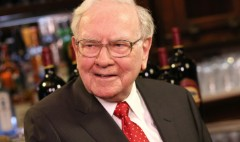 Warren Buffett is beating the market again