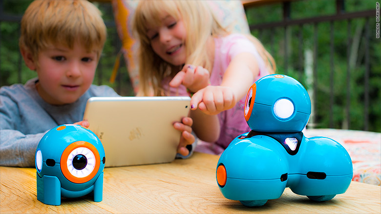 Coolest Toys 2015 : Robots teach kids to code cool holiday toys cnnmoney