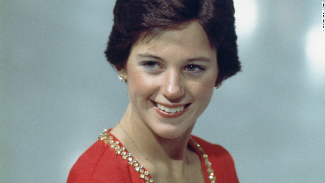Haircut Back View To Download Dorothy Hamill Wedge Haircut Back View ...
