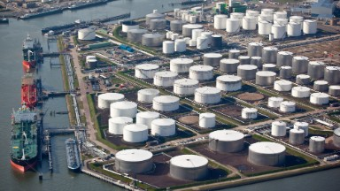 U.S. oil exports rise 7-fold in first 3 months
