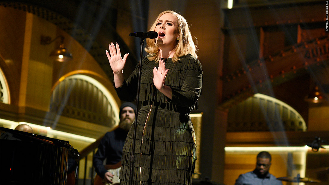 Adele's '25' sells record 3.38 million copies in first week