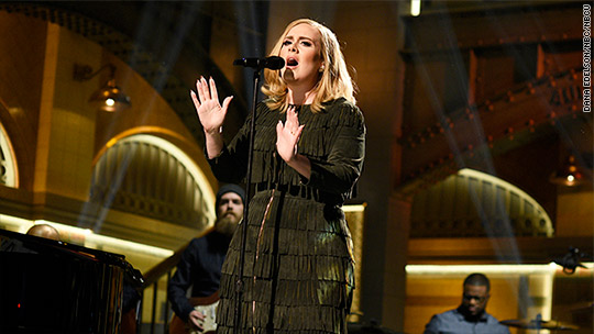 Adele's '25' sells over 3 million copies in less than a week