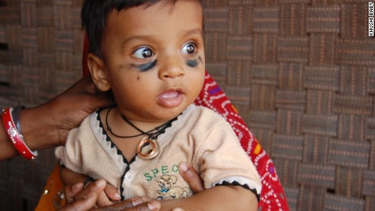 Can this necklace help more kids get vaccinated?