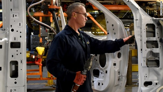 Ford to add 2,000 jobs to Kentucky plant