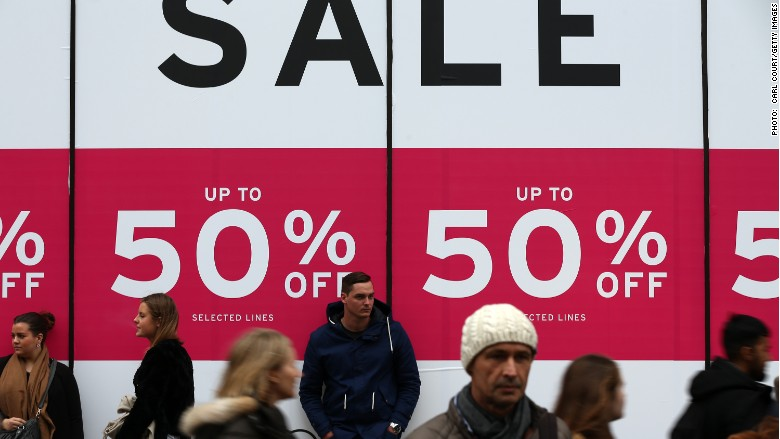 Fashion retailers pay heavy price for warm winter