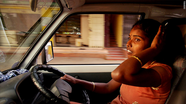 india first female taxi driving