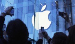 Apple earnings may chill Wall Street