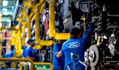 Ford posts record profit