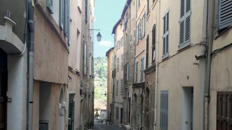 maria duval 5 town street