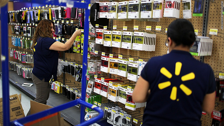 No holiday hiring for Walmart, just more hours