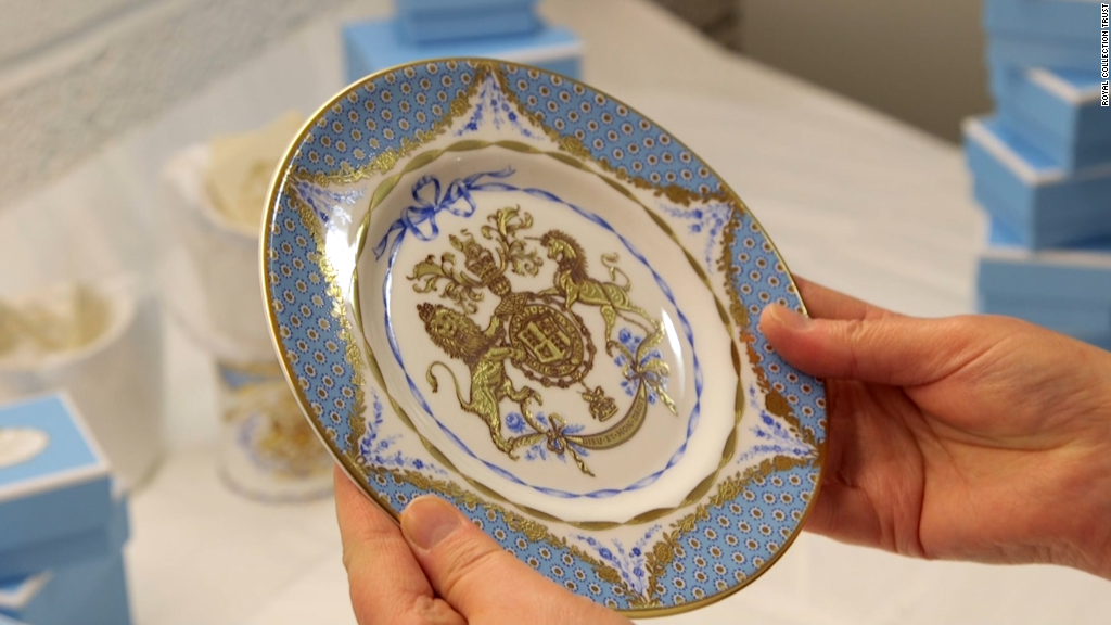 Fit for a queen: Hand-made and gold-plated china