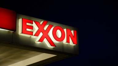 ExxonMobil profits crash to lowest level since 1999
