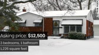 'flint housing 1' from the web at 'http://i2.cdn.turner.com/money/dam/assets/160304155533-flint-housing-1-336x188.jpg'