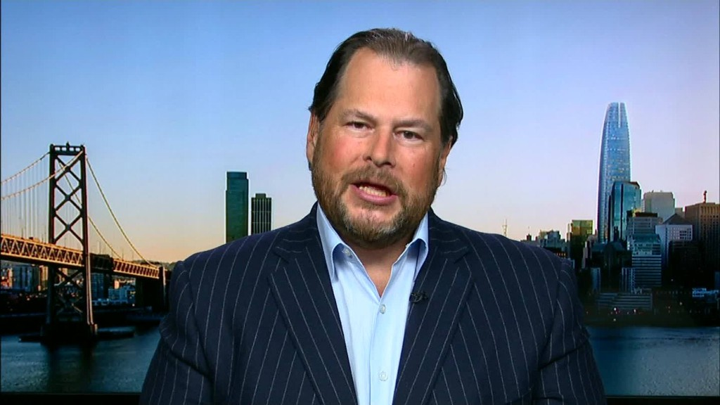 Salesforce CEO: 'I like Hillary Clinton'