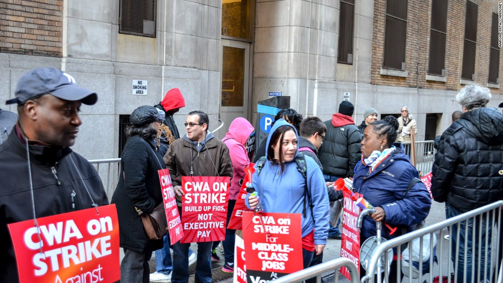 Thousands of Verizon workers walk off the job