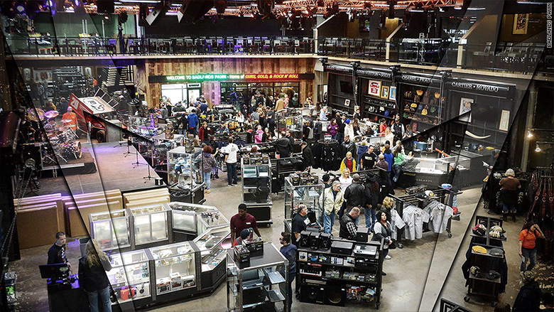 Why south dakota 39 s badlands pawn is a tourist destination for Tattoo shops sioux falls sd
