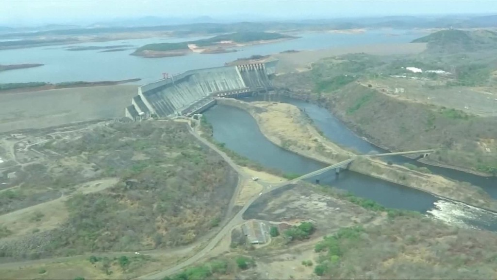 To stop a drought, Venezuela cuts electricity