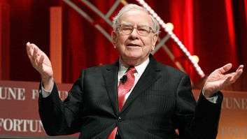 Warren Buffett admires Jeff Bezos