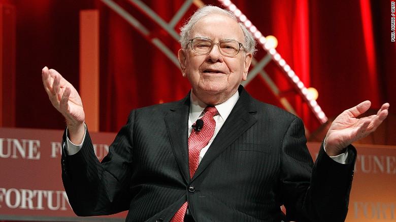 Warren Buffett admires Jeff Bezos