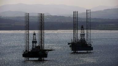 Halliburton signals U.S. oil drilling revival