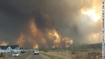 Fire Canada oil town Fort McMurray Alberta