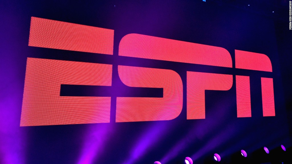 Former ESPN reporter: 'Blurred line' at network