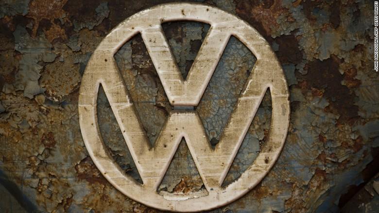 Volkswagen agrees to $14.7 billion settlement