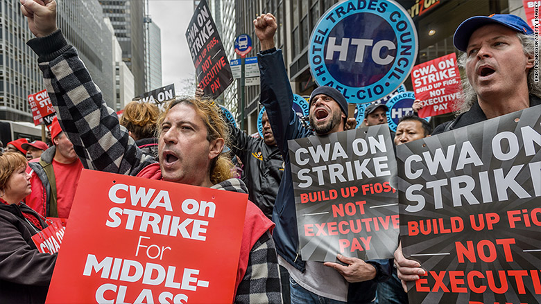 Striking Verizon workers score raise and bonuses