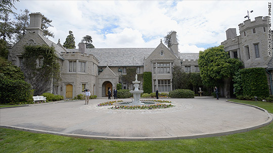 Twinkie co-owner buys Playboy Mansion