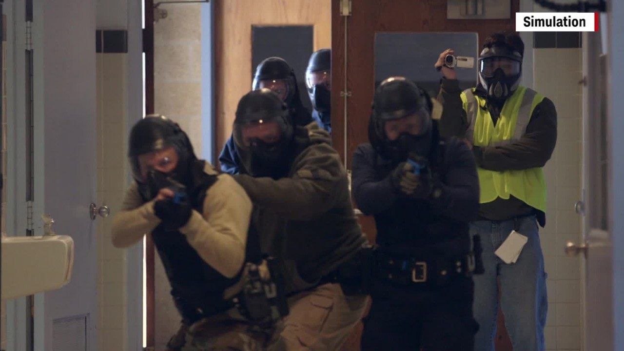 How police respond in 'active shooter' situations - Video ...