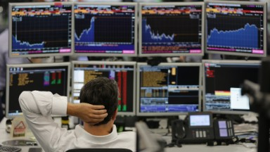 Brexit turmoil deepens global stock selloff
