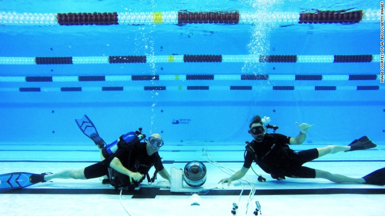 underwater robots - Olympic Swimming Pool Underwater