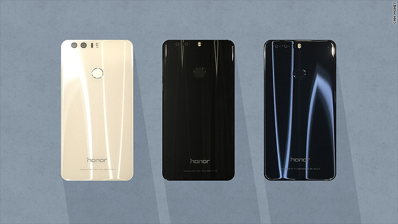 Huawei's Honor 8 is an eye-catching Samsung Galaxy alternative