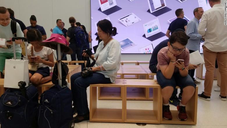 Apple Store Forum