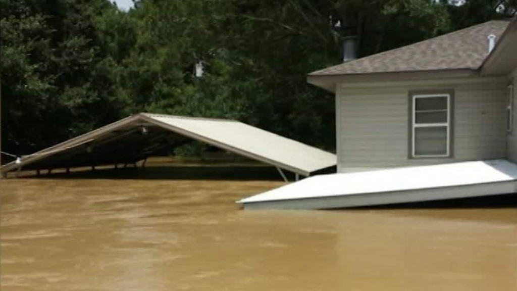 Floodwater destroys thousands of Louisianan homes