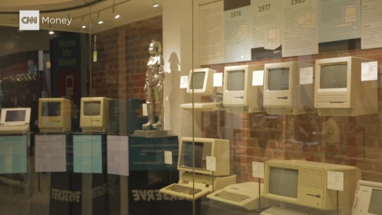Tekserve's Mac Museum is auctioned off for $47,000