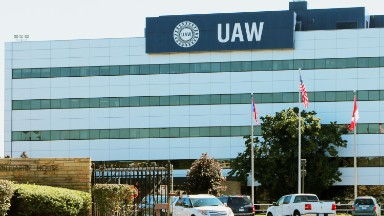 UAW backed Clinton but eager to work with Trump to kill NAFTA