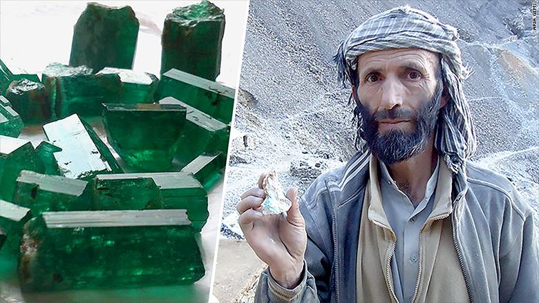 aria gems miner emerald split