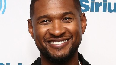 Usher speaks about race in film at 'Hands of Stone' premiere