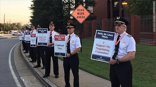 Delta pilots, seeking 37% raise, picket headquarters - Aug. 26, 2016