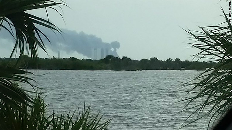 spacex explosion 2