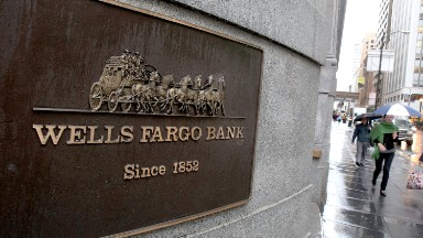 U.S. opens investigation into Wells Fargo fake accounts scandal