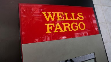 Wells Fargo credit card applications plunge 55%
