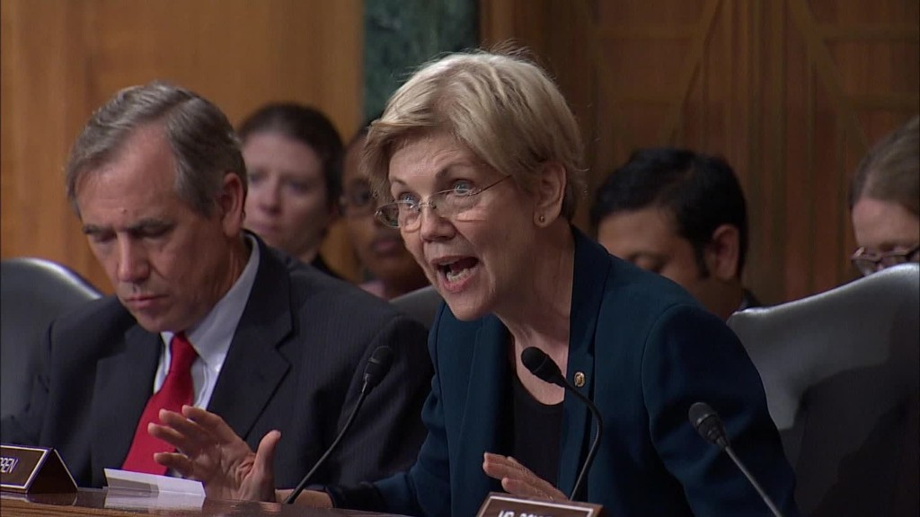 Elizabeth Warren: Wells Fargo CEO should resign